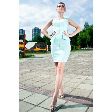 Sukienka typu baskinka bez rękawków - miętowy sorbet