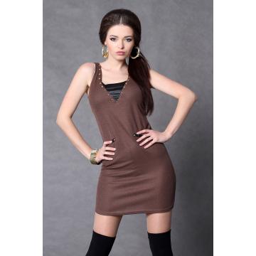 Sukienka na ramiączkach z dżetami - czekolada